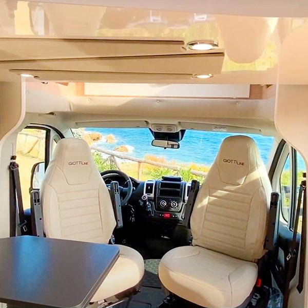 Vacaciones seguras en Autocaravana cabina